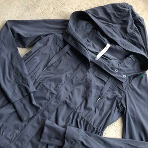 RARE Lululemon Apres Anorak 6 Grey Coat Hood